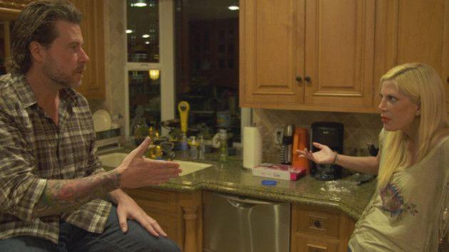 Tori Spelling Invites Emily Goodhand to Join True Tori, Dean McDermott FURIOUS! - The Hollywood Gossip
