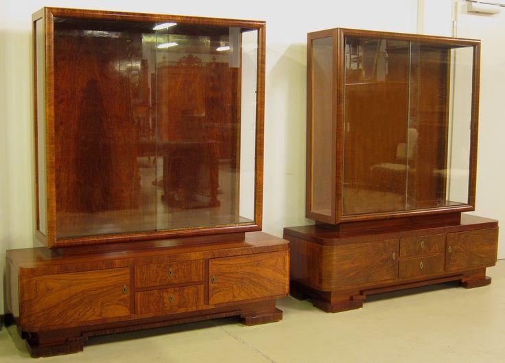 Nice Zwei franz sische Art Deco Vitrinen Epoche Art Deco Holzart Nussbaum Ma e L nge