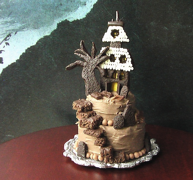 martha stewarts haunted house cake 112 scale via flickr - Martha Stewart Halloween Cakes
