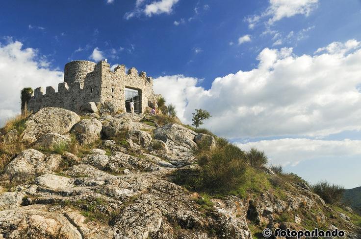 Tolfa, Rocca dei Frangipane - Roma