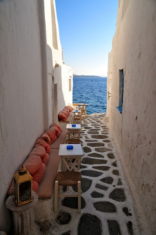 Mykonos, Greece by Henrik Berger Jørgensen