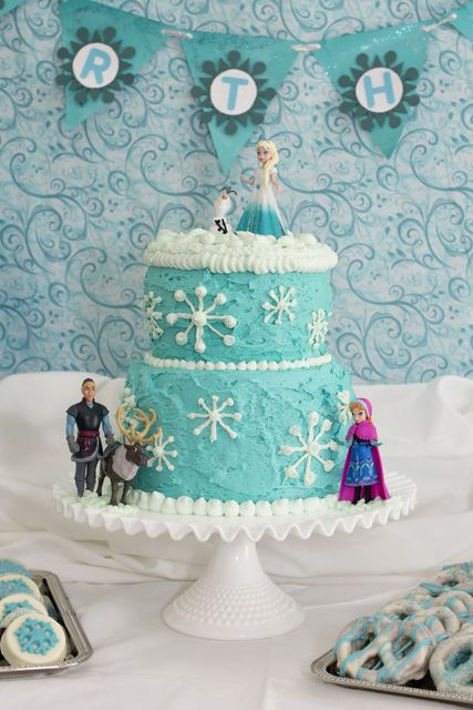 cake at a Frozen #birthday #party