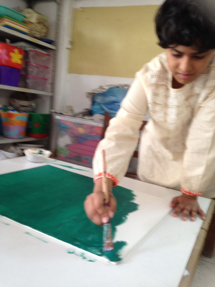 Zainab is Autistic and loves to paint www.sceipak.org
