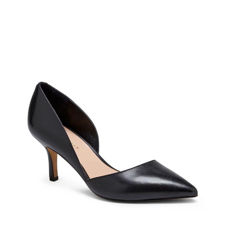 """Sole Society """"Jenn"""", $69.95 http://www.solesociety.com/jenn-black-leather.html?utm_medium=facebook&utm_source=fbk&utm_campaign=060214_jenn&utm_content=lals"""
