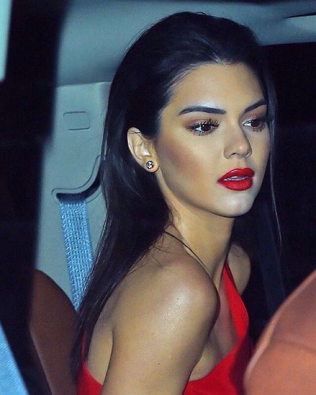 Lady in red ~ model Kendall Jenner