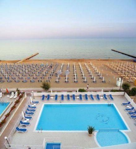 Hotel Condor - 3 Sterne #Hotel - EUR 61 - #Hotels #Italien #LidoDiJesolo http://www.justigo.de/hotels/italy/lido-di-jesolo/condor-lido-di-jesolo_180350.html
