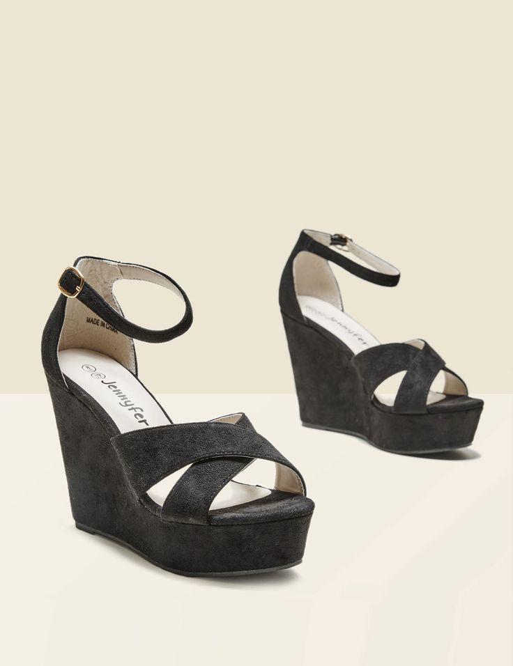 Sandales suédine compensées noires femme • Jennyfer