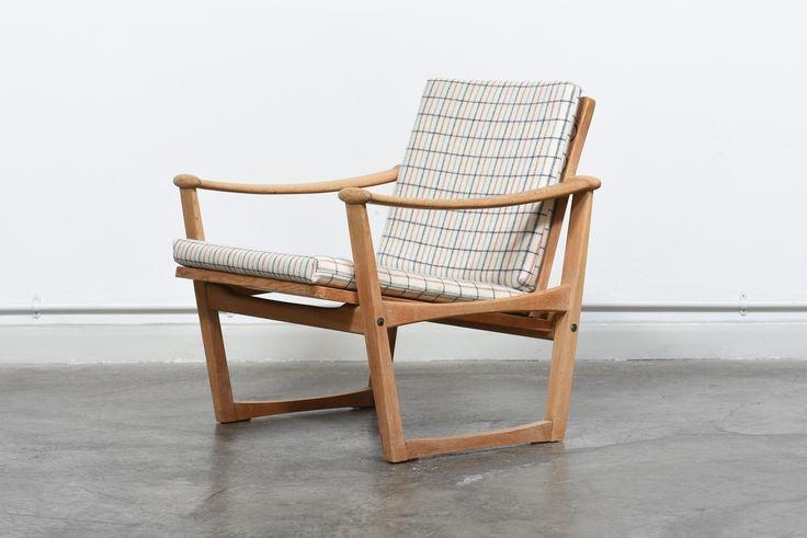 Spade Lounge Chair In Oak By M. Nissen   vinterior.co