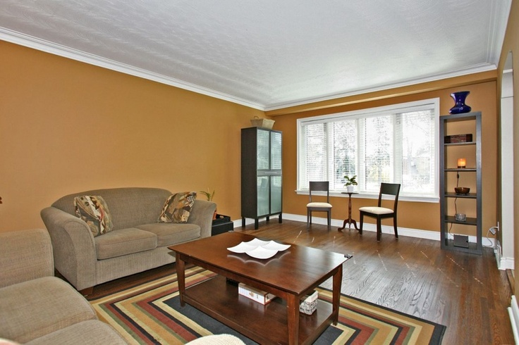 156 Churchill Avenue | Willowdale West | Toronto | http://www.sagerealestate.ca/listings/156-churchill-avenue-willowdale-west-toronto/