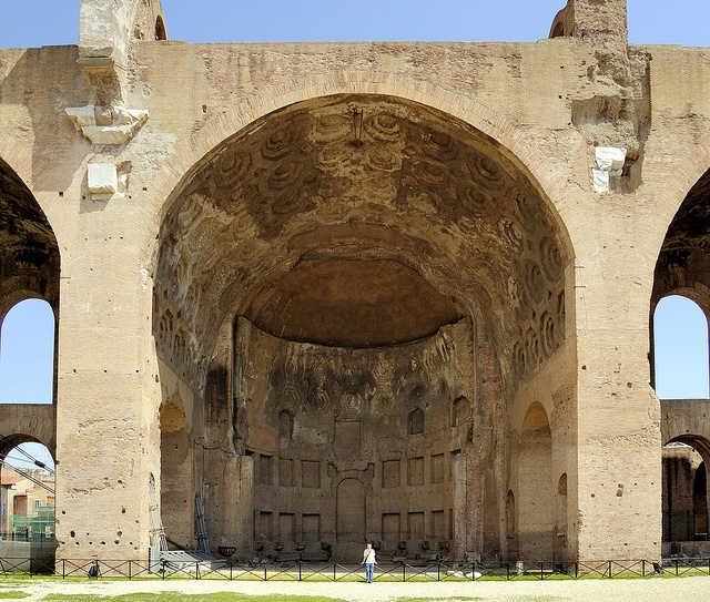 Basilica of Maxentius and Constantine - arched vault with coffered ceiling