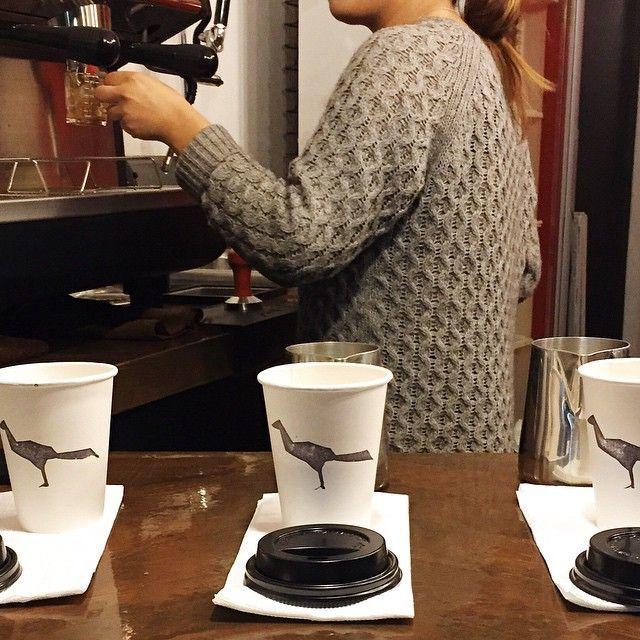 """@jacubrand's photo: """"Listos para atenderte. Visita nuestras sucursales en Hipódromo o La Cacho. #jacu #café #coffee #foodie #followthebird #onthetable #tijuana #barista #vscocam"""""""