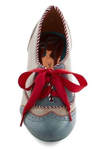 Shoeful of Sugar Heel, #ModCloth I LOVE this color!