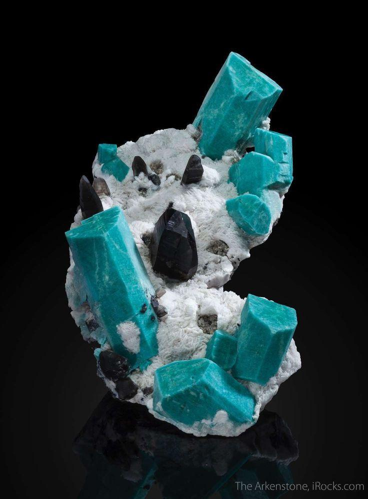 Amazonite, Albite, Smoky Quartz Icon Pocket, Smoky Hawk claim, Crystal Peak area, Teller Co., Colorado, USA