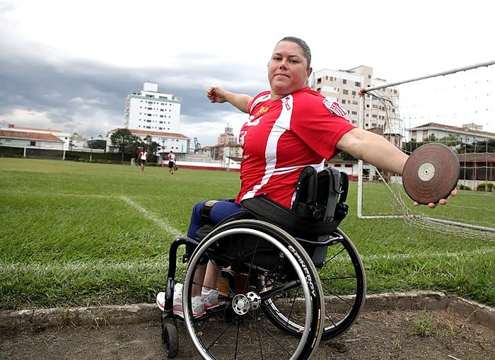 A paratleta de Santos Elizabeth Gomes encara nesta semana seu maior desafio na temporada 2017, ela disputa a prova de arremesso de peso no domingo.