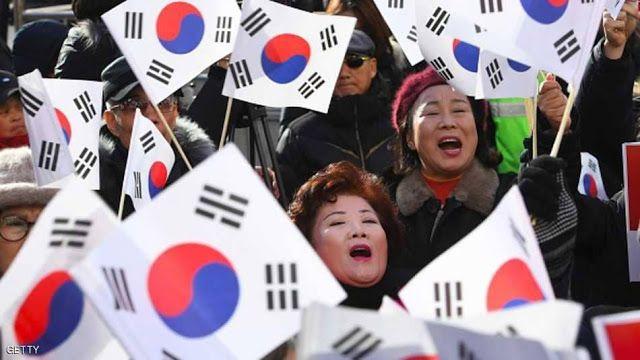 الفضائح الجنسية تعصف بنخبة من ممثلين وشعراء وكتاب ومقدمي برامج تلفزيونية وأساتذة جامعات في كوريا الجنوبية في الآونة الأخيرة تنكشف Army Blog Posts Aladdin