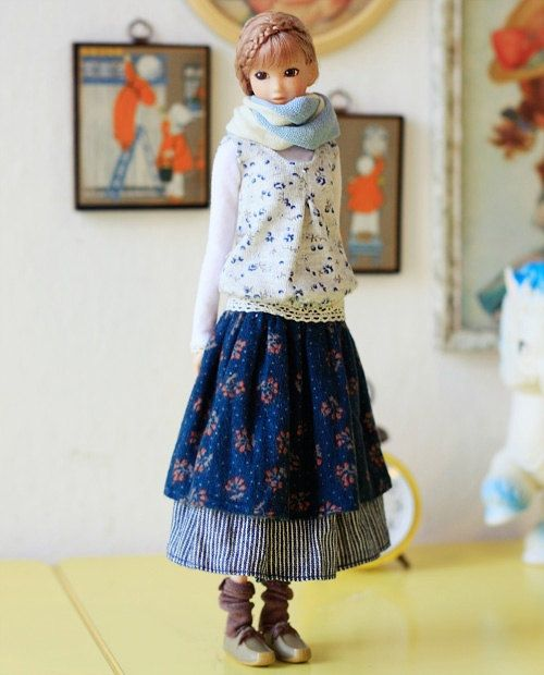 Look, it's a Mori fashion doll! Sugarbabylove - Tiny Flower set for Momoko