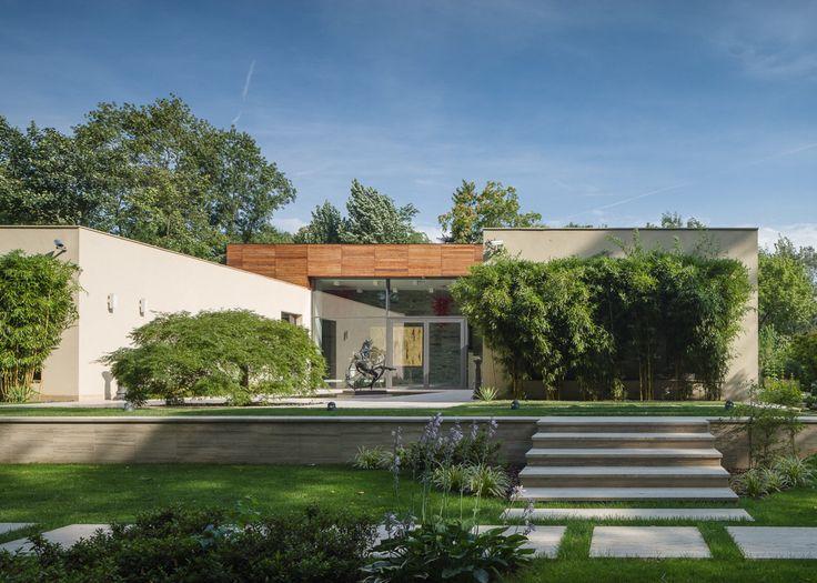 Garden view Daniel Ciocazanu / dooistudio architects , foto credits Cosmin Dragomir