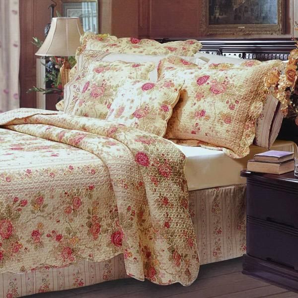 Romantic Chic Shabby Cabbage Rose Quilt Set