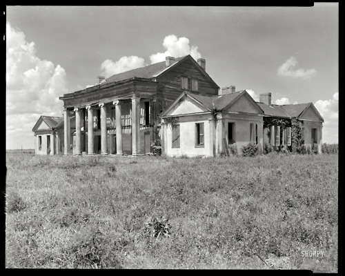 """Assumption Parish, Louisiana, 1938. """"Woodlawn Plantation  This is in a book I have, """"Lost Plantations of the South""""... I'm so in love with it and so sad it is no longer standing :("""
