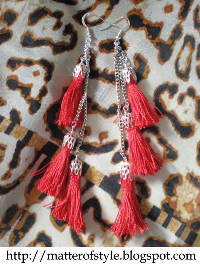 A Matter Of Style: DIY Fashion: Mini tassels earrings DIY