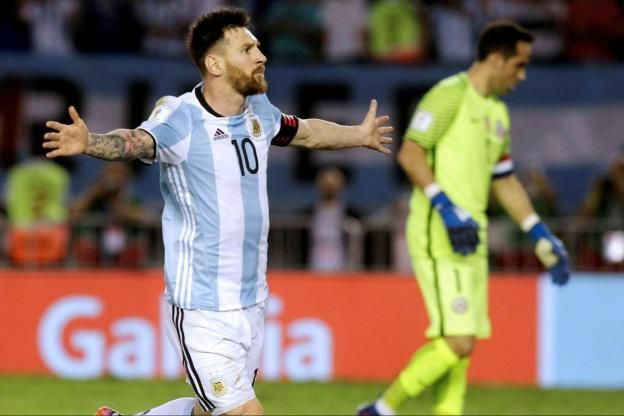 Foot - Coupe du Monde - AmSud                                                                                                                                                        http://www.lequipe.fr/Football/Actualites/L-argentine-peine-mais-gagne-face-au-chili-en-eliminatoires-du-mondial-2018/787866#xtor=RSS-1