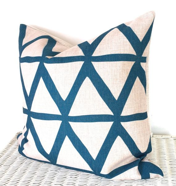 August Place presents our geometric cushion cover in natural and teal.   Size: 16x16inch / 40x40cm Fabric: High quality thick weaved linen Zip:
