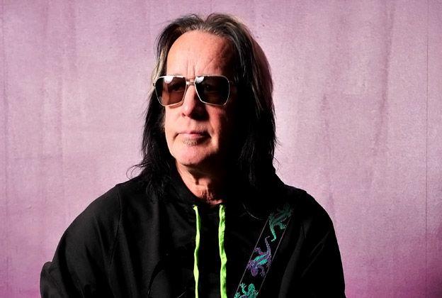 Todd Rundgren, P-Project Fernandes, Guitar, foamy, London