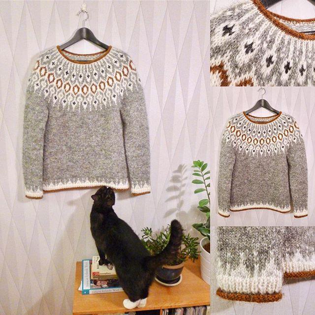 Jag har haft förmånen att provsticka den fantastiska islandströjan Telja som Jennifer Steingass a.k.a. @knit.love.wool designat för @byhandserial. Tröjan blev en julklapp till min syster @malin_broberg. #teljasweater #knitlovewool #byhandserial #kattenharry