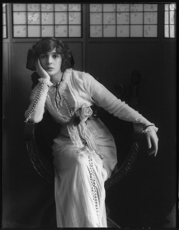 Julia James, photograph by Bassano Ltd, 23 April 1912 - © National Portrait Gallery, London