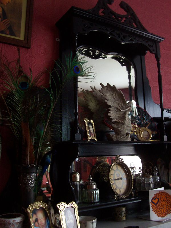 Black gothic Vanity