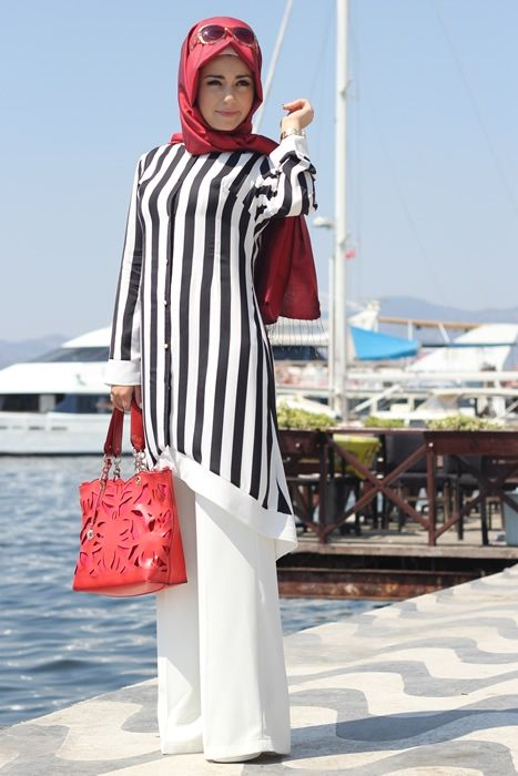 Pınar Şems Siyah Çizgili Tunik