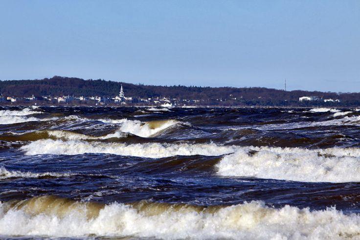 Sztorm w Świnoujściu #sztorm #morze #baltyk #plaza #swinoujscie