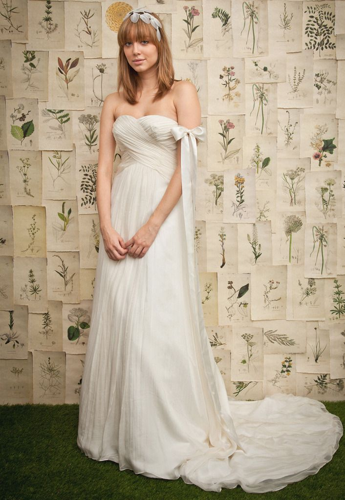 Sweetheart with empire waist chiffon wedding dress