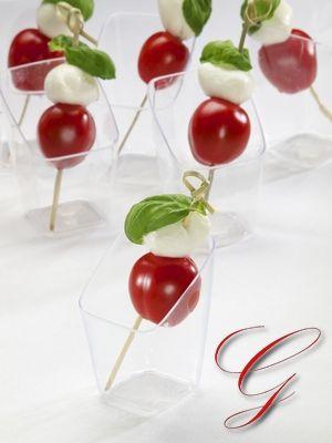 Tomaat_mozarella_Borrelhapjes_Gooische_Catering_party.jpg (300×400)