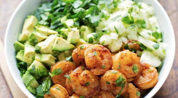 Receta Ensalada de camarones y aguacate con aderezo de miso – Los Sabores de México y el mundo