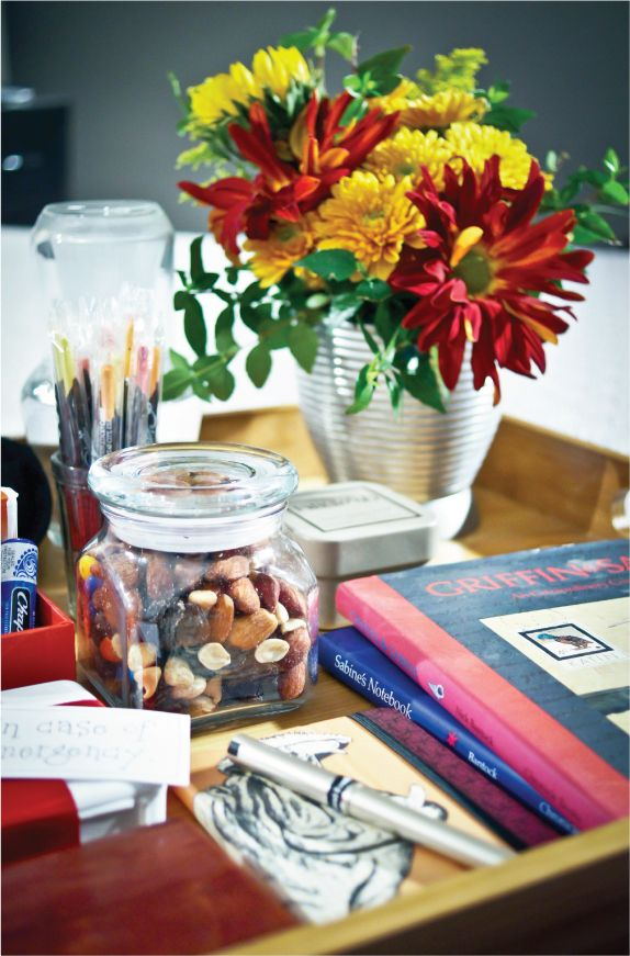 Guest room essentials   love the idea of the nuts  snacks. 17 best ideas about Guest Room Essentials on Pinterest   Guest