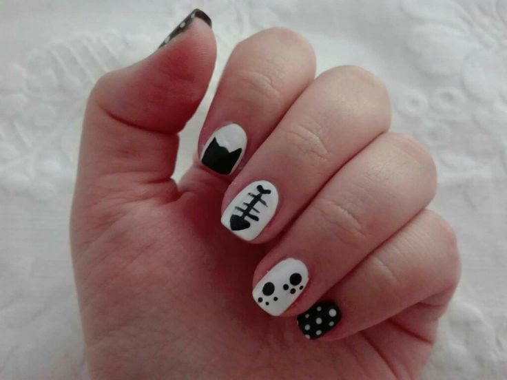 #nails #nail #naiart #naildesign #cute #pretty #manicure #cat #kitty #catnails