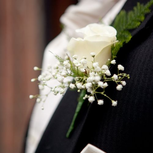 wedding buttonhole - Rose and Gypsophila