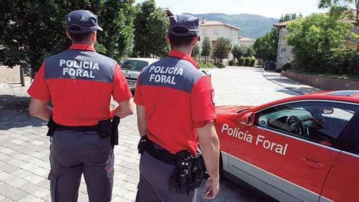 Dimiten todos los mandos de la Policía Foral de Navarra excepto tres por una nueva bajada de sueldo