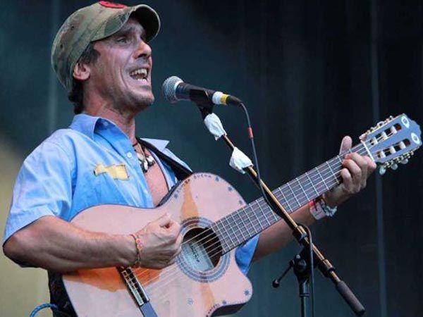 Manu Chao : 10 τραγούδια που θέλουμε πολύ να τα ακούσουμε στο Rockawave