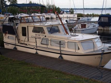 boat Succes 875 charter Poland Inland Waterways Masurian Lake District rent motorboat boats