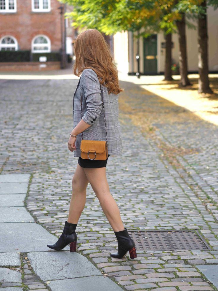 Blogging Tips: Kirsty Elizabeth - Why you should get over your blog embarrassment