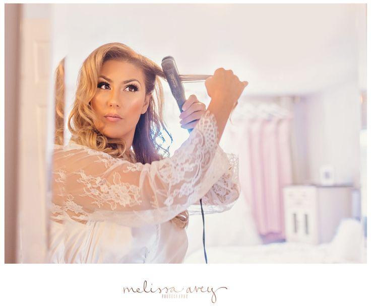 Bride doing her hair | Kitchener wedding | Melissa Avey Photography