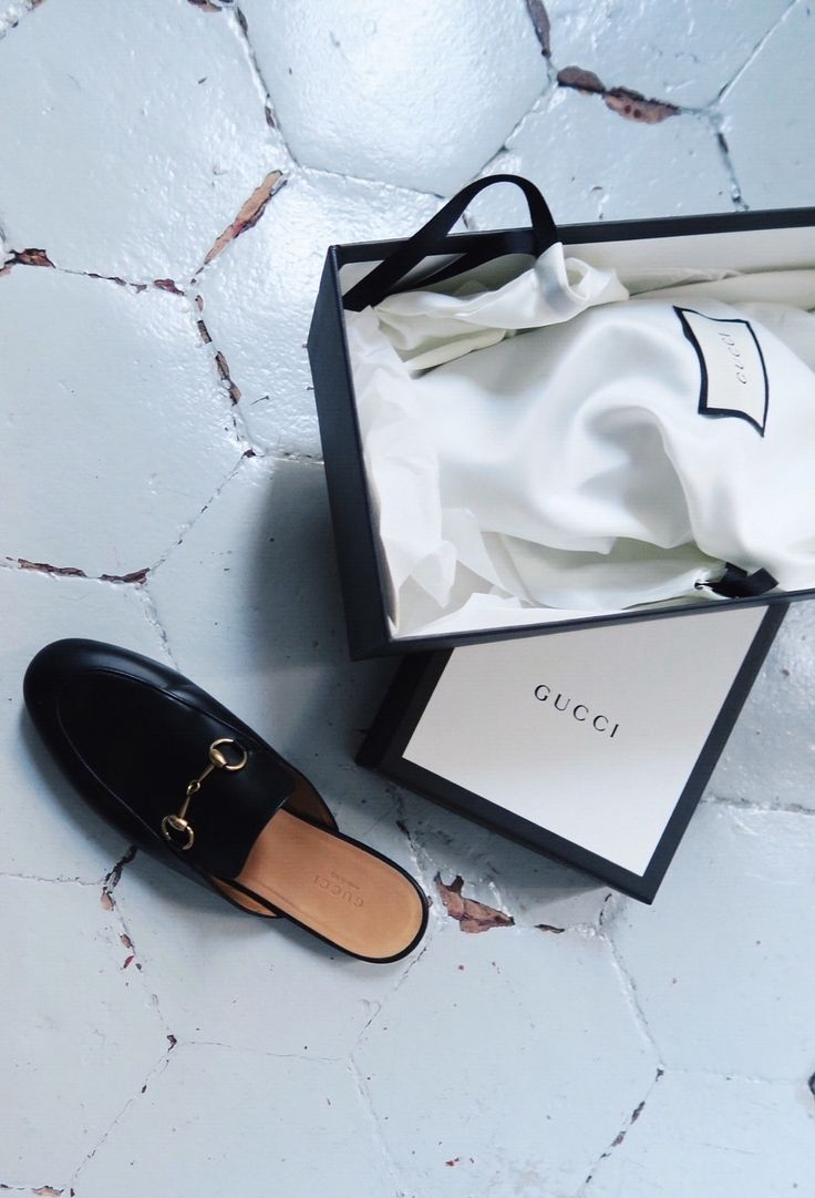 Gucci loafers / HANNA'S JOURNAL | Lily.fi