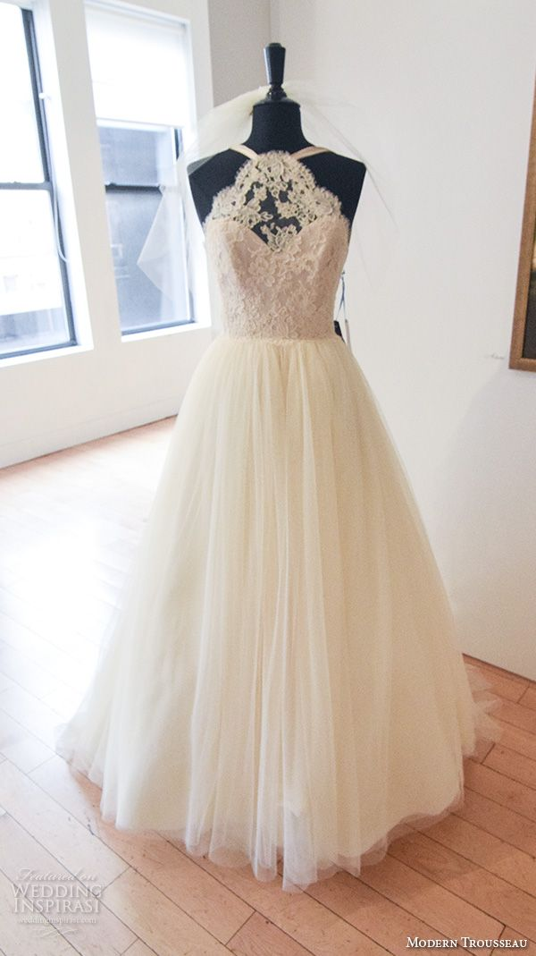 New York Bridal Fashion Week October 2015 Part 2 — Berta, Modern Trousseau, Christos Costarellos, Galia Lahav | Wedding Inspirasi