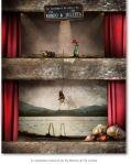 La verdadera historia de Fly Romeo & Fly Julieta, de Oriol Jolonch. La obra refleja la separación existente entre ambos amantes, separación impuesta por la familia. http://www.orioljolonch.com/realidades-inventadas-i-g67.html