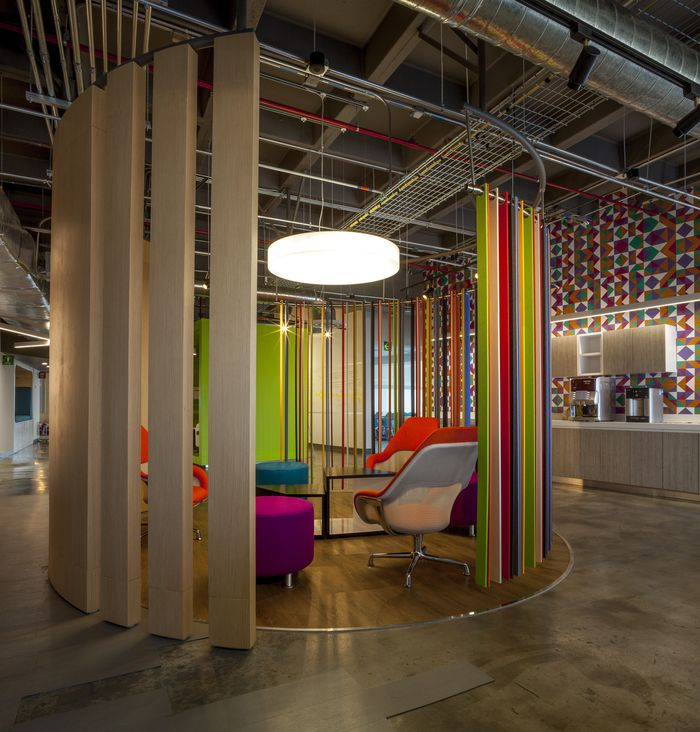SPACE has designed the Gentera Innovation Lab located inside the financial services company's Mexico City offices.