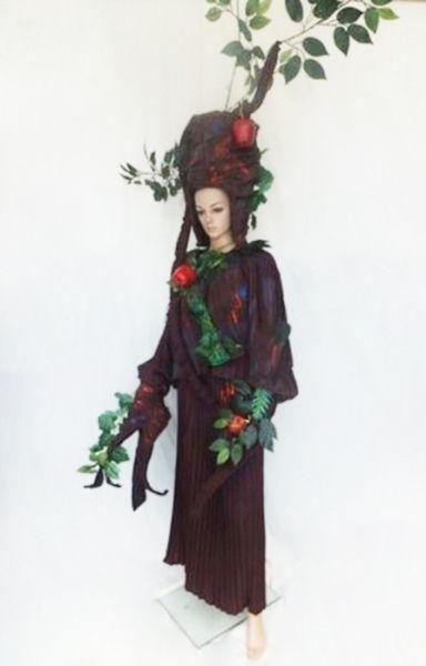 C070 Apple Redwood Tree Costume Set
