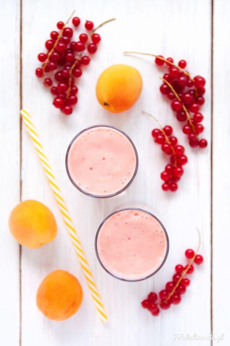 Apricot & Red Currant Yogurt Smoothie.