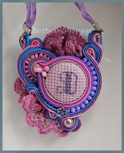 Csipke színesben - sujtás medál / nyaklánc / Lace color - and smites pendant / necklace